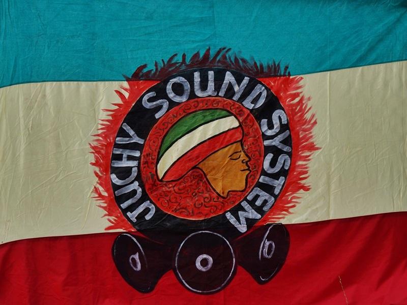"""""""Juchy Soundsystem. Zażywam tylko dźwięków"""""""