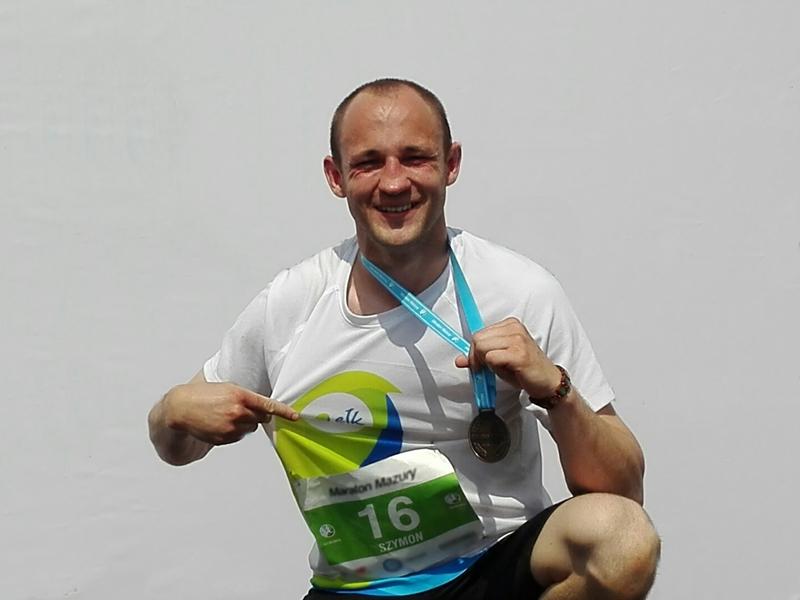 Triathlonowy debiut Szymona Brzęka