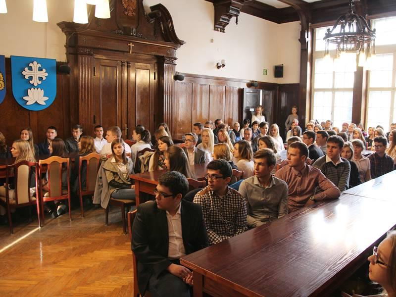 Uczniowie ze stypendiami Jana Pawła II