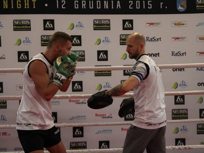 Pokazowy trening przed galą boksu