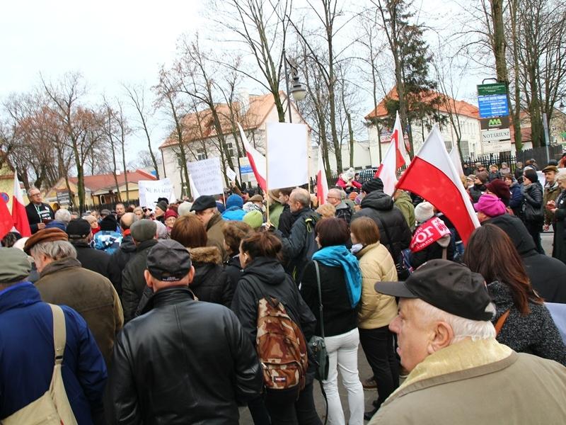 Manifestacja w obronie Trybunału Konstytucyjnego