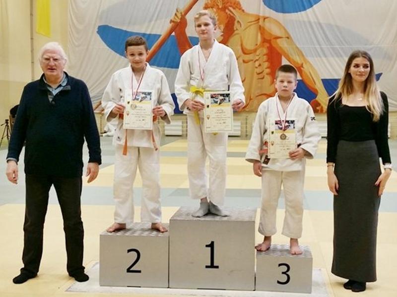 3 medale zawodników MKS Żak Ełk