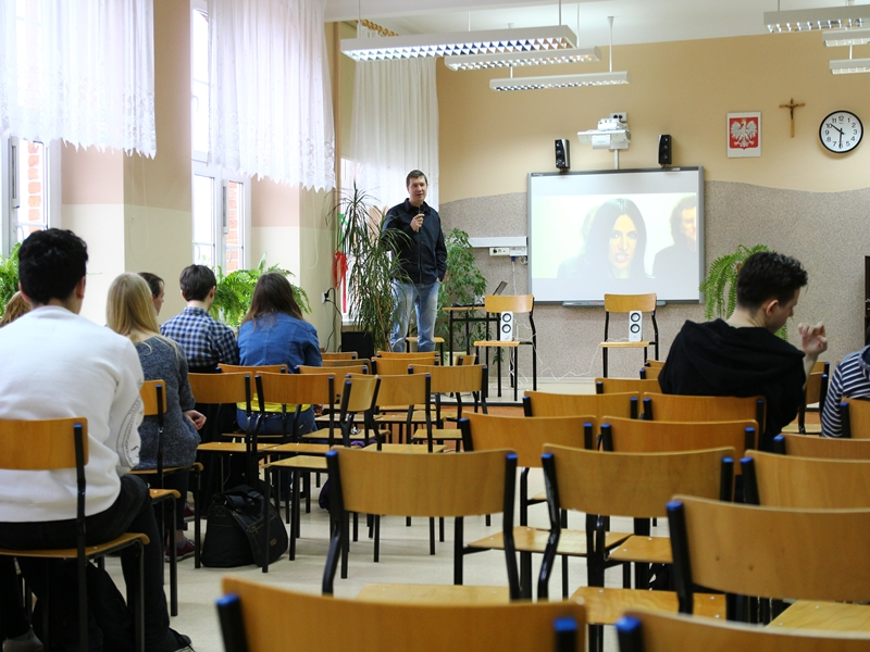 """""""Festiwal nauki w czerwonym"""""""