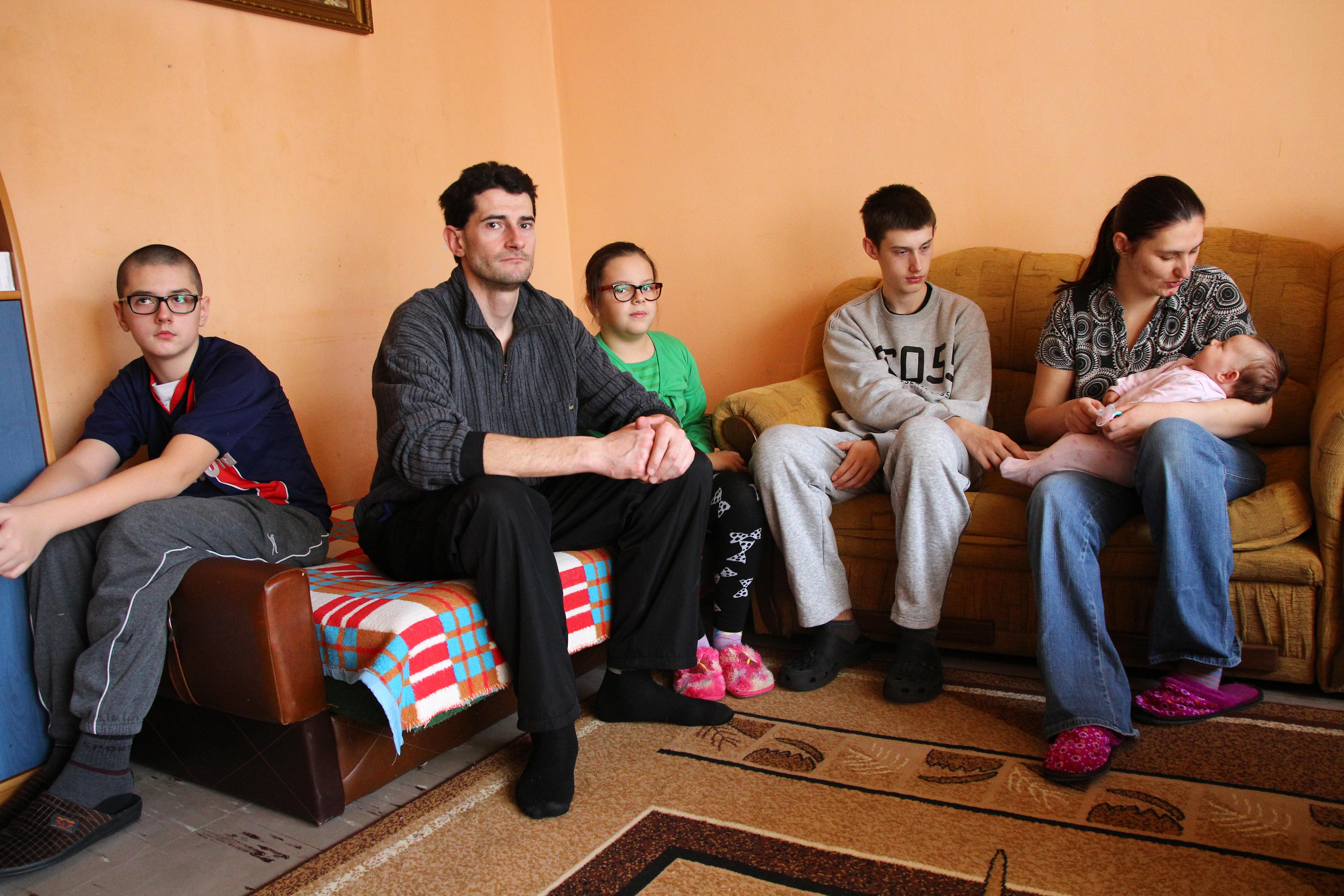 6 osobowa rodzina może stracić mieszkanie