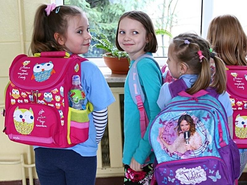 Zważyli uczniowskie plecaki