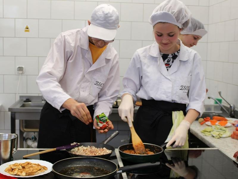 Konkurs kulinarny w ZSCKR