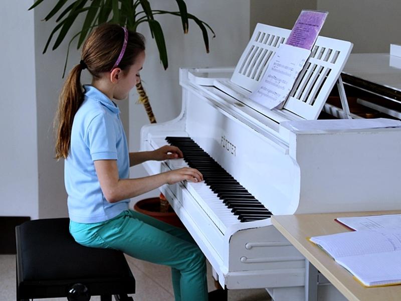 Młodzieżowe Inspiracje Muzyczne