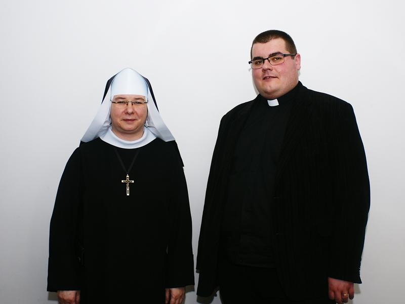 s. Blanka Szymańska i ks. Adrian Sadowski