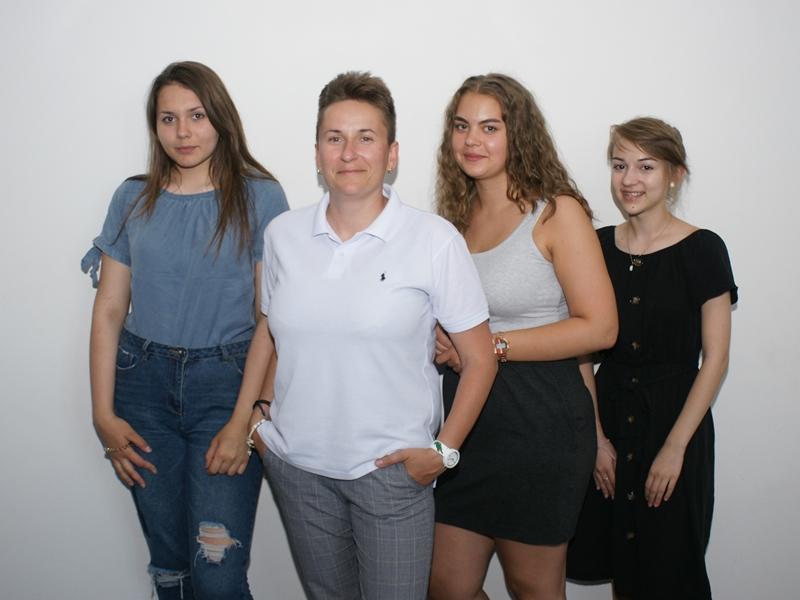 Zespół Szkół Samorządowych w Stradunach