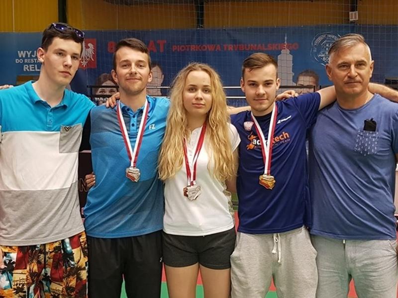 Sukces badmintonistów SKB