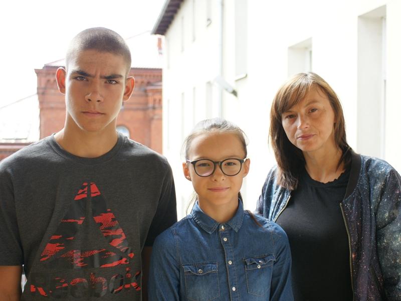 Tomasz Brzozowski, Maja Borawska i Emilia Borawska