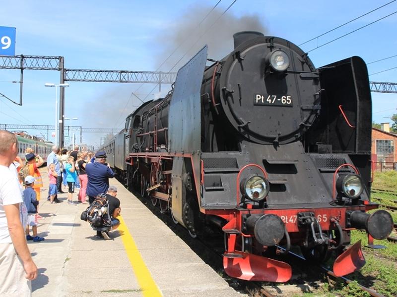 Zabytkowy pociąg w Ełku