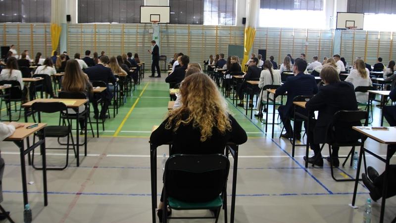Kończy się czas niepewności maturzystów i ósmoklasistów