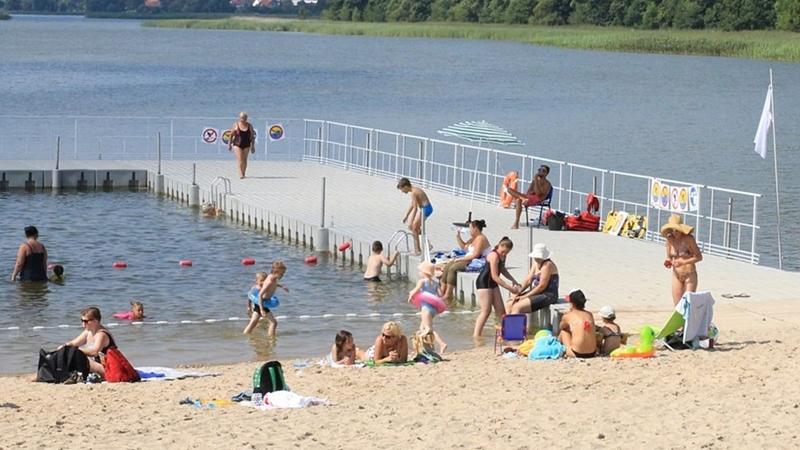 Rusza sezon kąpielowy – są obostrzenia