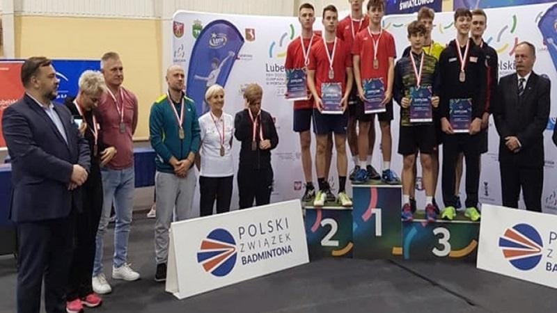 Sukces młodych badmintonistów