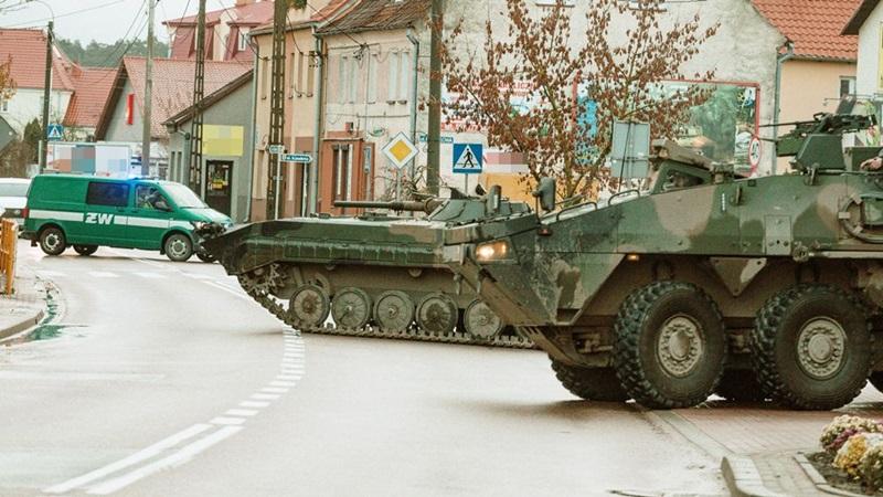 Wojsko na ulicach Ełku i Orzysza