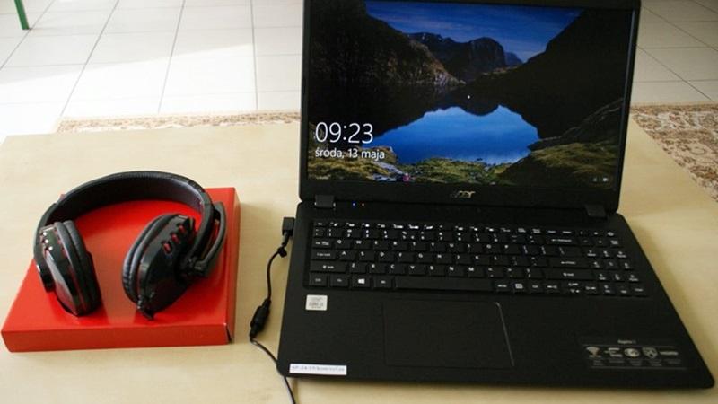 Kolejne laptopy dla uczniów i nauczycieli