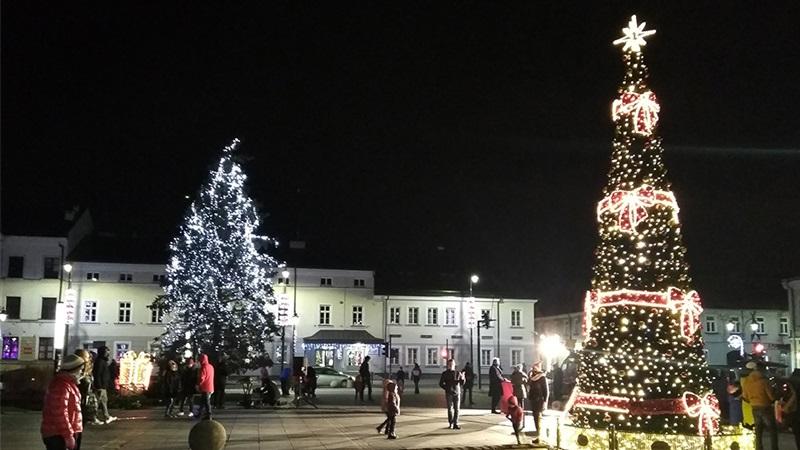 Choinka rozświetliła centrum Suwałk